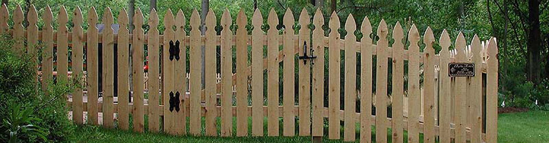 Standard Runner Cedar Privacy And Picket Fence Designs By The