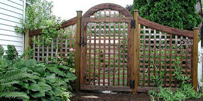 Arched Square Lattice Fencing by Elyria Fence