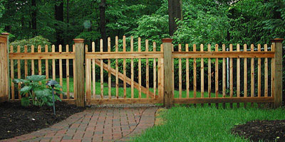 Good Neighbor Boston Picket Wood Fence By Elyria Fence