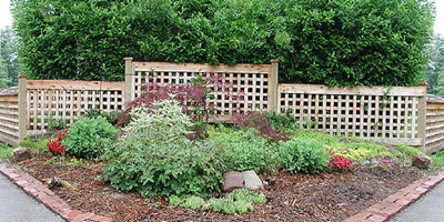 Square Lattice Fencing by Elyria Fence