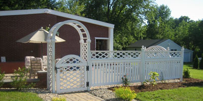 Semi-Privacy Cedar Fencing by Elyria Fence