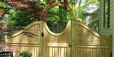 Cedar Semi-privacy wood fence by Elyria Fence