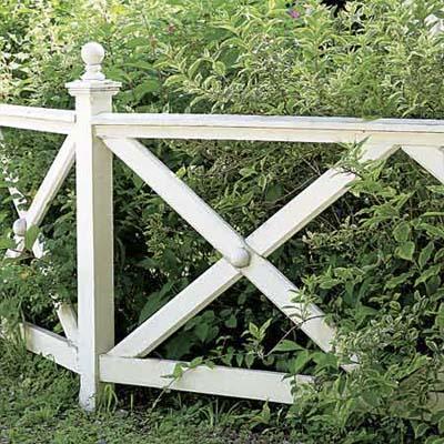 Good Neighbor Crossbuck Rail Fence By Elyria Fence