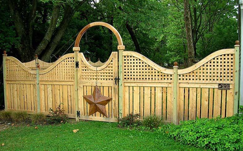 Wood Lattice Panels Fence Wood Fence With Lattice Top