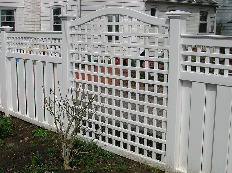Vinyl Square Lattice By Elyria Fence