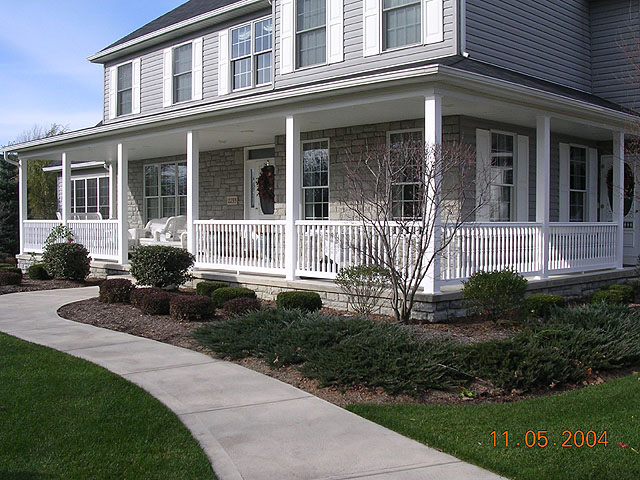 vinyl porch railing by elyria fence