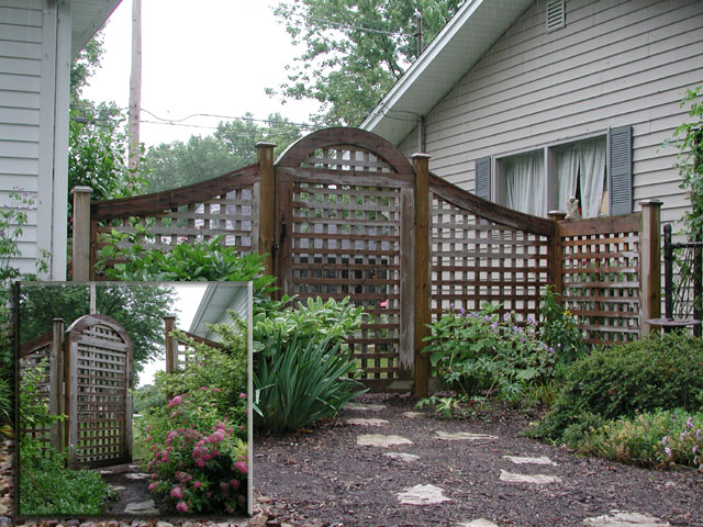 Good Neighbor Arched Square Lattice Gate By Elyria Fence