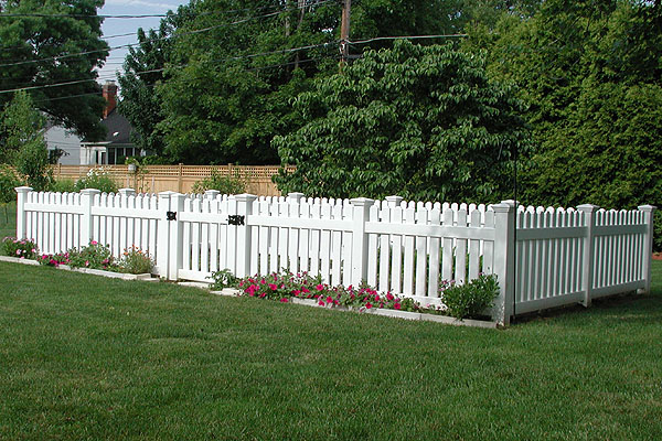 How to Install a Vinyl Picket Fence • Ron Hazelton Online