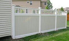 Vinyl Fence by Elyria Fence