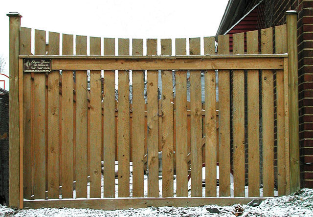 White Cedar wood picket fence by Elyria Fence