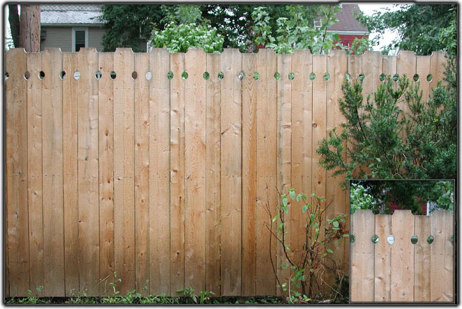 Standard Runner Privacy Fence by Elyria Fence